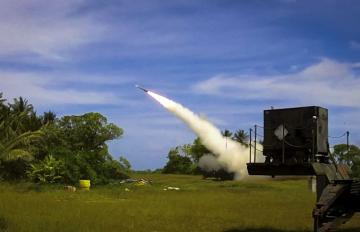 A PATRIOT Advanced Capability 3 (PAC-3) interceptor is launched from Omelek Island during MDA's historic integrated flight test on Oct. 24, 2012 (October 25 on Kwajalein). Credit: MDA