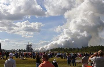 Oct. 19, 2017 - Aerojet Rocketdyne's RS-25 (E2063) engine successfully completed a full 500-second duration hot fire test.