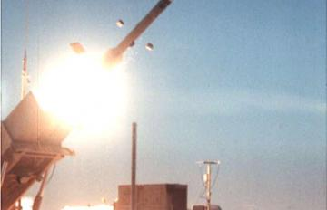The Ballistic Missile Defense Organization and the U.S. Army conducted a test of the Patriot Advanced Capability-3 (PAC-3) missile at White Sands Missile Range, New Mexico, Feb. 5, 2000. Photo is from launch. Credit: MDA