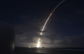 A threat-representative ICBM target launches from the Ronald Reagan Ballistic Missile Defense Test Site, Kwajalein Atoll, Republic of the Marshall Islands March 25, 2019. Credit: MDA
