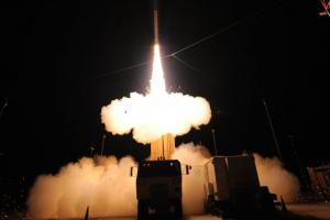 The MDA & U.S. Army soldiers, 6th Air Defense Artillery Brigade from Fort Bliss, Texas, successfully conducted an intercept test for the THAAD missile defense element of the nation's BMD System. June 29, 2010 Credit: MDA