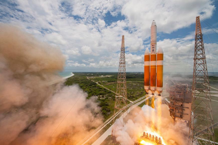 A ULA Delta IV Heavy rocket